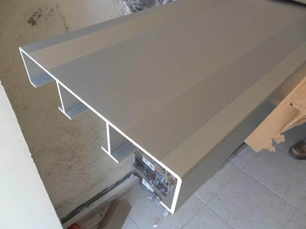 Perfil de aluminio para grada accesorios for Perfiles de aluminio para toldos de palilleria
